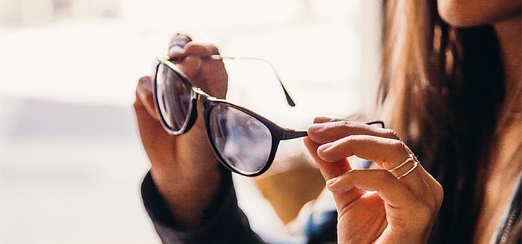 もう迷わない!似合う眼鏡はフェイスラインで選ぶのがコツ